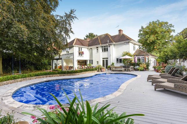 Thumbnail Detached house for sale in Woodstock Road, Witney