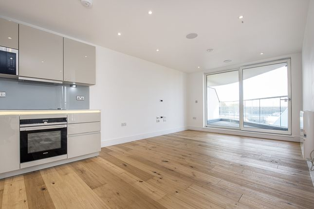 Thumbnail Flat to rent in Hall Place, St. Peters Street, St.Albans