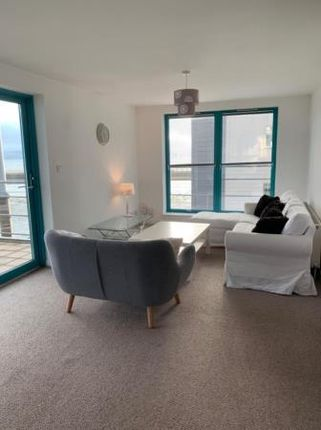 Thumbnail Flat to rent in West Victoria Dock Road, City Quay, Dundee