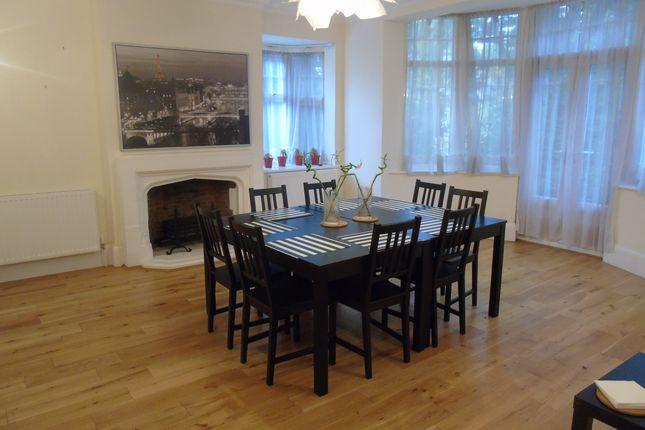 Dining Room  of Oakleigh Park North, Totteridge N20