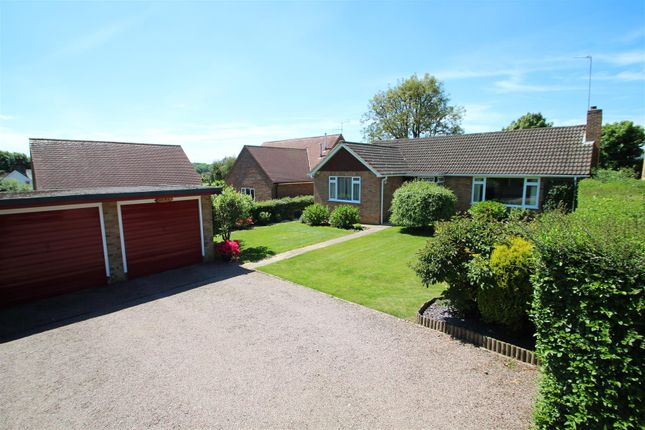 Thumbnail Bungalow for sale in Orchard End, Hazlemere, High Wycombe