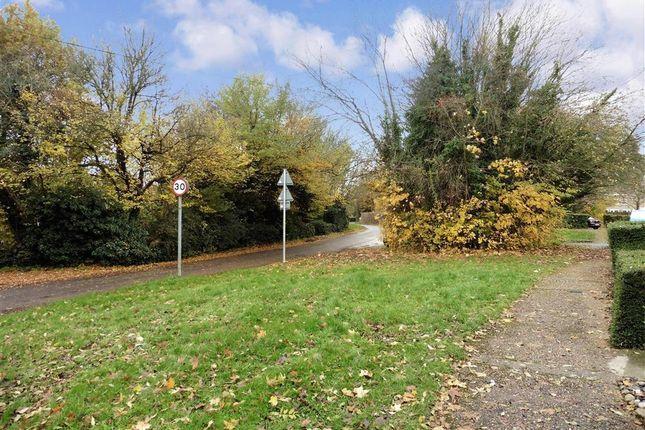 Surrounding Area of Caling Croft, New Ash Green, Longfield, Kent DA3