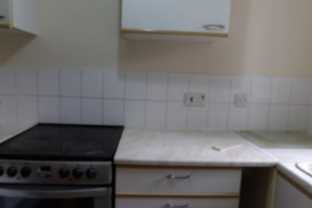Thumbnail Flat to rent in Mill Farm Crescent, Whitton