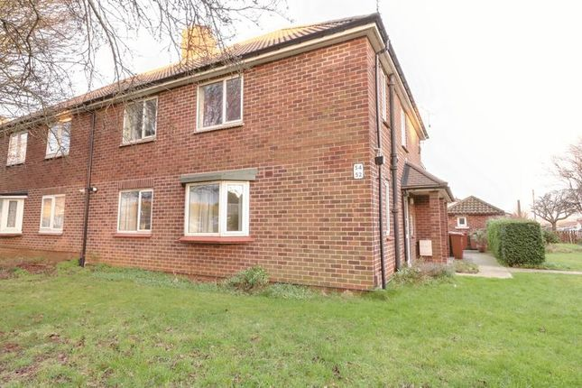 Thumbnail Flat for sale in Grange Lane South, Scunthorpe