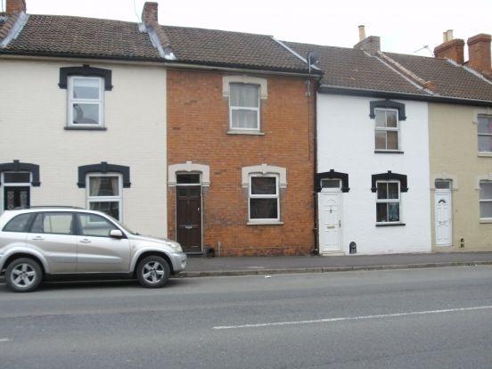 Thumbnail Flat to rent in Taunton Road, Bridgwater