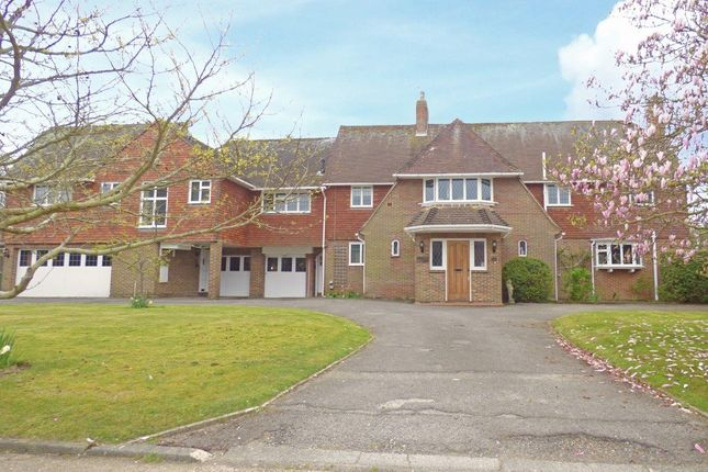 Thumbnail Detached house for sale in 28 Kingsway, Craigweil-On-Sea, West Sussex