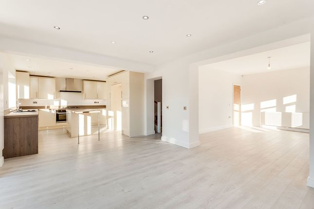 Thumbnail Detached house for sale in Gypsy Lane, Townville, Castleford