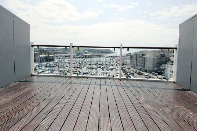 Private Balcony of North Quay, Plymouth PL4