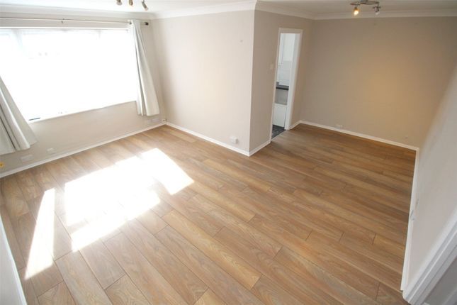 Thumbnail Flat to rent in Lyonsdown Road, New Barnet, Barnet