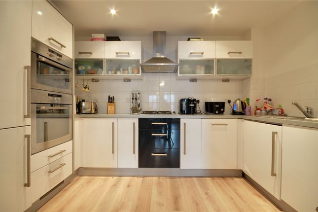 Thumbnail Flat for sale in Caterham, Surrey