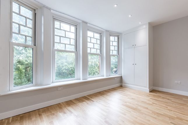 Flat to rent in 279-281, And 283-285 Archway Road, London