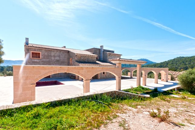 Villa for sale in Camp De Mar, Mallorca, Balearic Islands