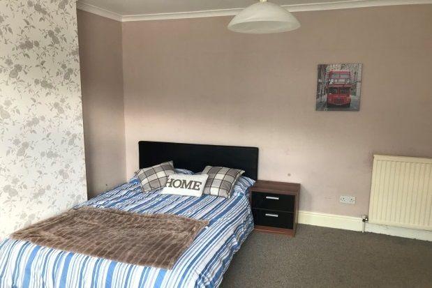 Thumbnail Room to rent in Siddeley Avenue, Stoke Aldermoor