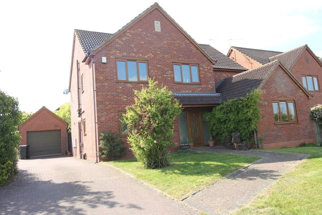 Thumbnail Detached house to rent in Station Road, Fernhill Heath, Worcester