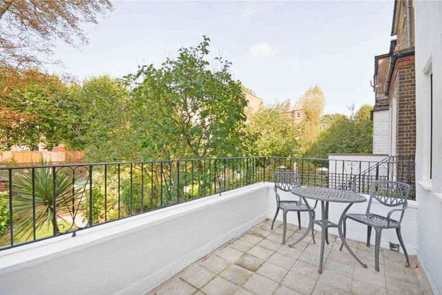 Picture No. 33 of Goldhurst Terrace, South Hampstead NW6