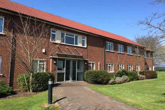 Thumbnail Office to let in Maple Court, Grove Business Park, White Waltham, Maidenhead