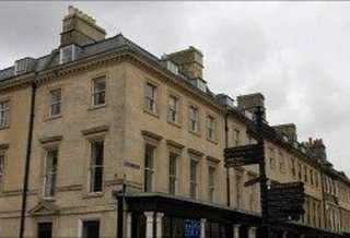 Serviced office to let in Wood Street, Bath