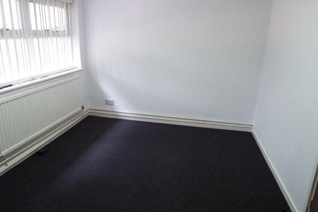 Thumbnail Flat to rent in Merridale Street, Wolverhampton
