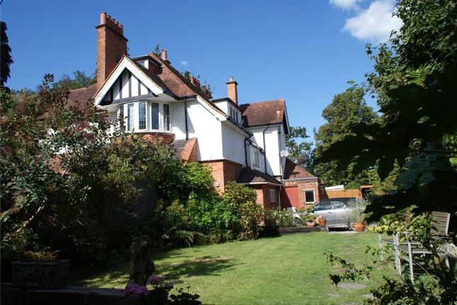 Thumbnail Flat for sale in Curzon Road, Weybridge, Surrey