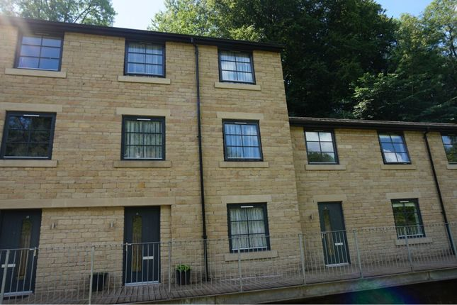 The Property of 61 Kinderlee Way, Chisworth, Glossop SK13