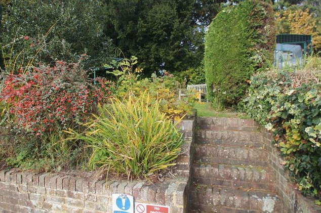 Image: 6 of Angle Place, Sparrows Green, Wadhurst TN5