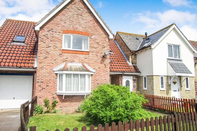 Thumbnail Maisonette for sale in Victoria Gardens, Highwoods, Colchester