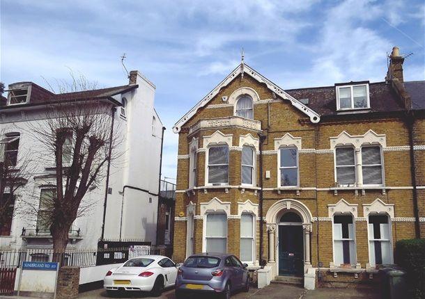 2 bed flat to rent in Sunderland Mount, Sunderland Road, London