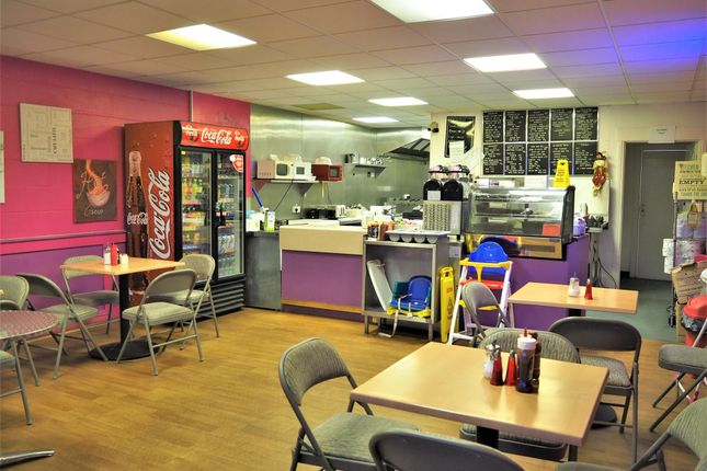 Thumbnail Restaurant/cafe for sale in Cafe & Sandwich Bars NG16, Station Road, Derbyshire