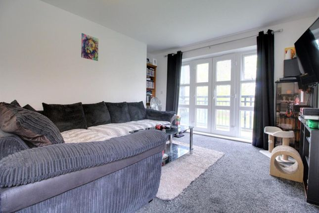 Room 3 of Hewlett House, Honington Mews, Farnborough, Hampshire GU14