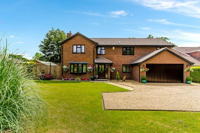 Thumbnail Detached house for sale in Hazelwood Drive, Gonerby Hill Foot, Grantham