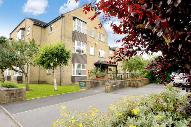 Thumbnail Flat for sale in East Park Road, Harrogate