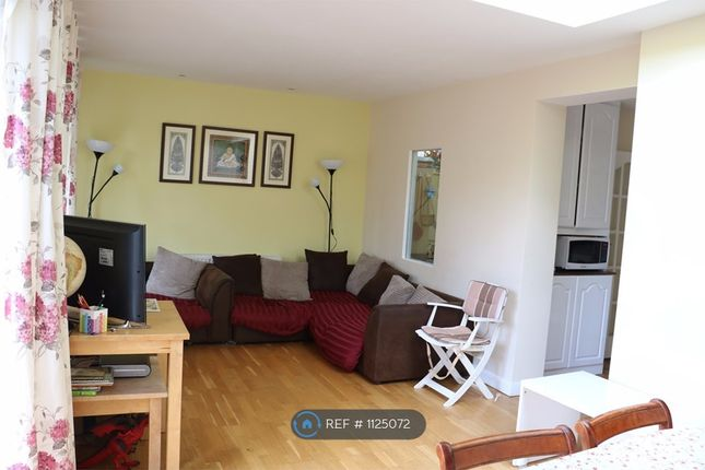 Thumbnail Semi-detached house to rent in Rochester Avenue, Feltham