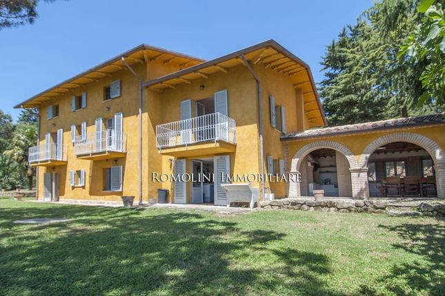 5 bed villa for sale in Città di Castello, Umbria, Italy