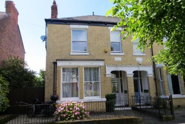 Thumbnail Semi-detached house for sale in Marlborough Avenue, Hull