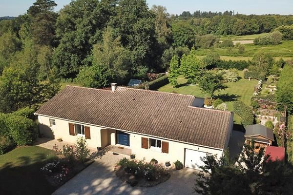 Thumbnail Bungalow for sale in Roussines, Charente, 16310, France