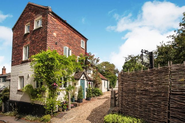 Thumbnail Property for sale in Vicarage Lane, Ivinghoe, Leighton Buzzard