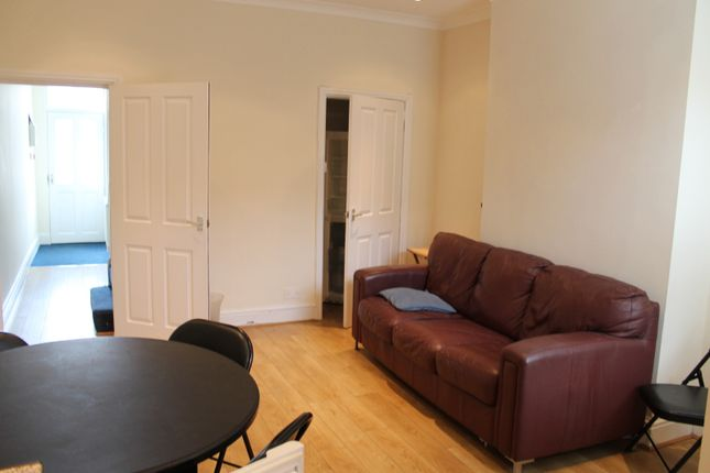 Thumbnail Flat to rent in Edmund Road, Sheffield