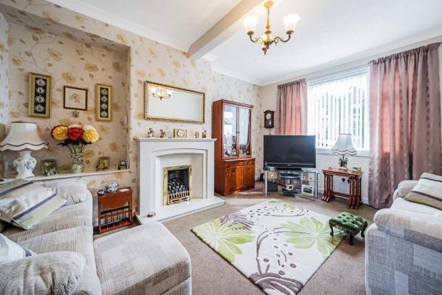 Living Room of Ashburn Gardens, Milngavie, Glasgow, East Dunbartonshire G62