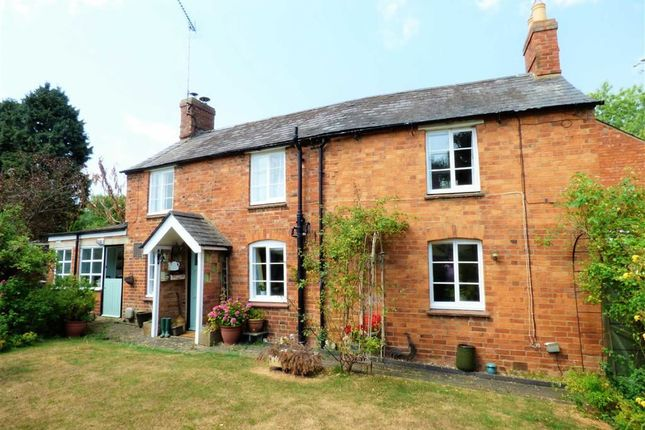 Thumbnail Detached house for sale in Fawsley Road, Everdon, Northamptonshire