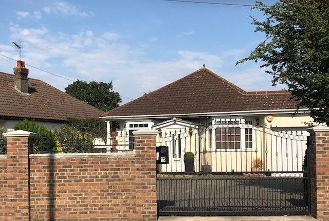 Thumbnail Bungalow to rent in Green Street Green Road, Dartford
