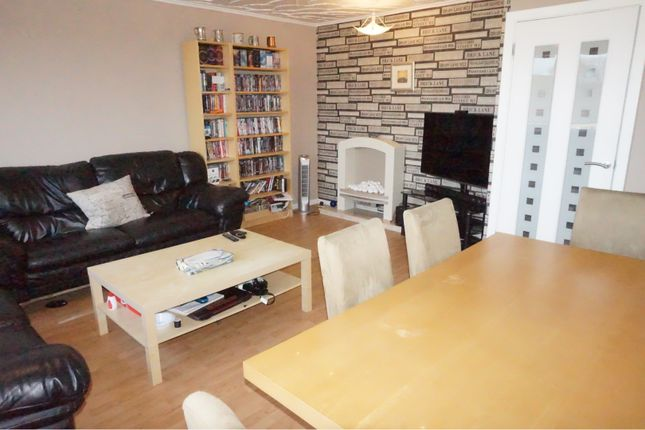 Thumbnail Maisonette for sale in Atholl Place, Paisley