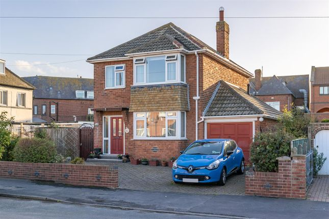 Thumbnail Detached house for sale in Mulgrave Road, Whitby