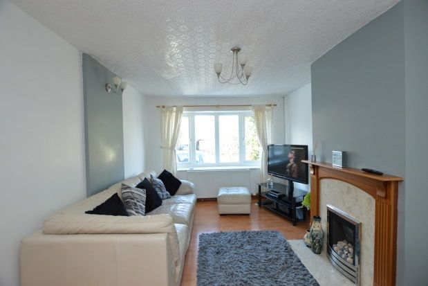 Thumbnail Semi-detached bungalow to rent in Hollingthorpe Grove, Hall Green, Wakefield