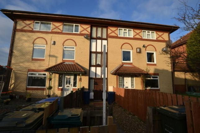 Thumbnail Flat to rent in Hallow Drive, Throckley