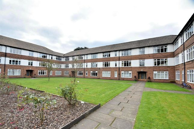3 bed flat for sale in Harewood Court, Marsland Road, Sale M33