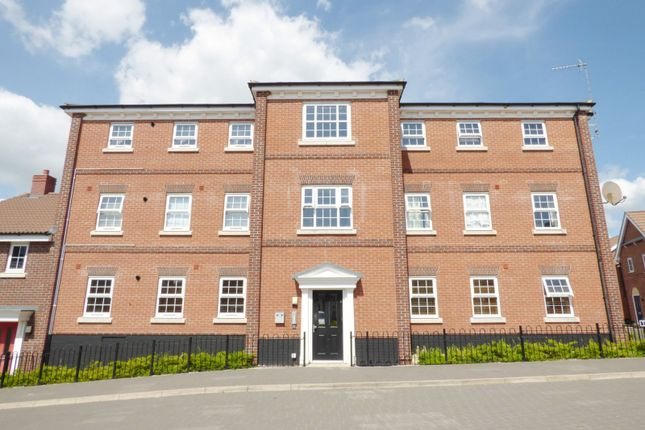 Thumbnail Flat for sale in Trinity Square, Loddon