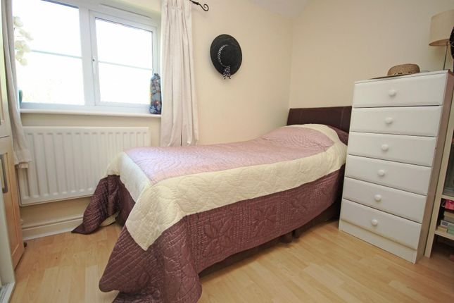 Bedroom 2 of Guinea Hall Close, Banks, Southport PR9
