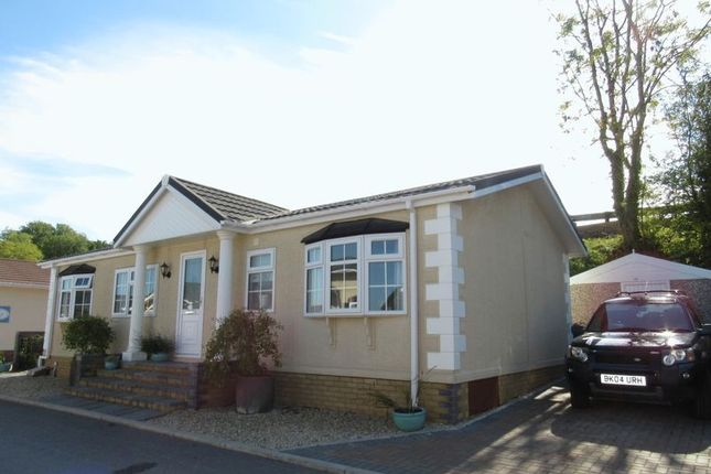 Thumbnail Mobile/park home for sale in Winston Avenue, Cardiff