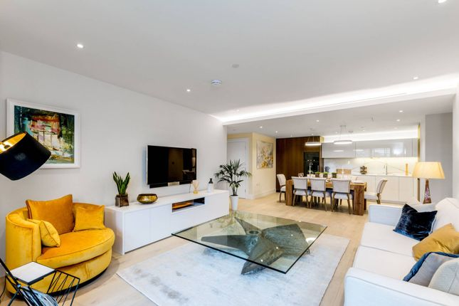 Thumbnail Flat for sale in Chelsea Island, Chelsea Harbour