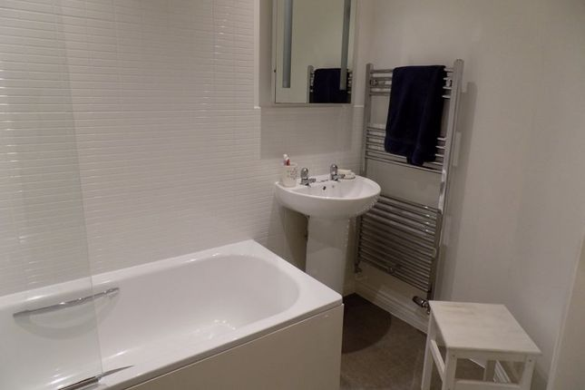 Bathroom of Woodland View, Duporth, St. Austell PL26